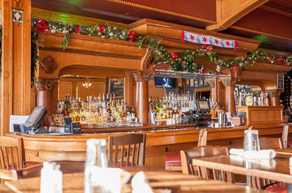 Custom Restaurant Bars Builders -Act One